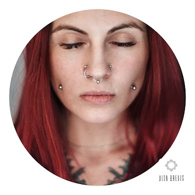 Фото от Vita Brevis Piercing: 1