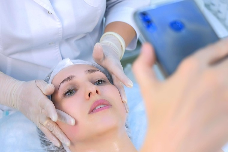 клиент косметолога